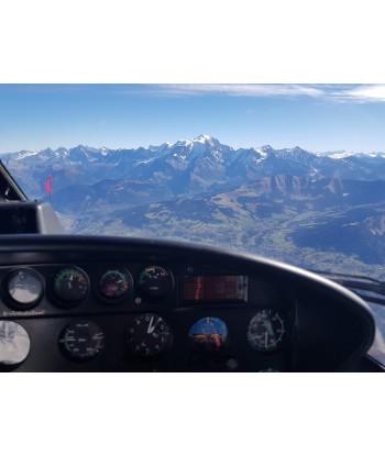 Initiation flight 60 min from Lyon on AS350