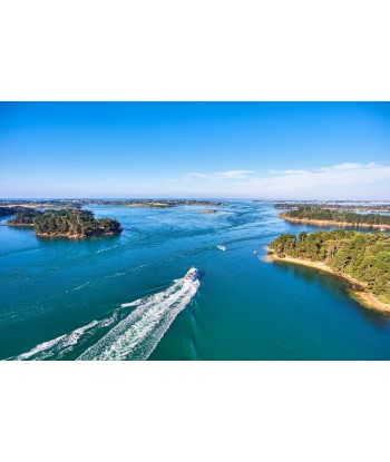 Panoramic flight 20' discover the Gulf from Vannes